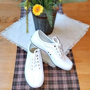 Keds Sz. 8.5 White Laced up Sneakers